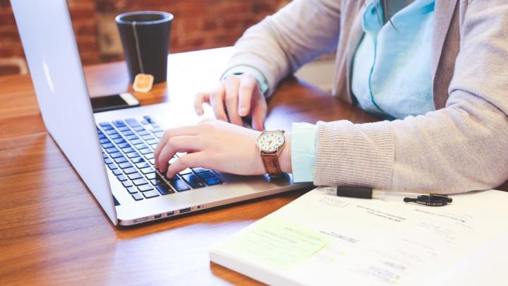 «Женщины учатся онлайн чаще»: Tele2 опубликовала исследование big data