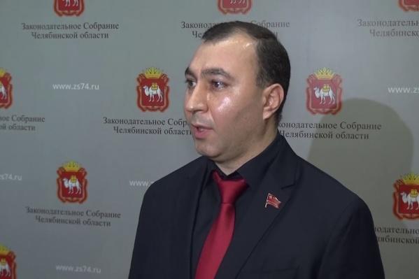 Арман Аракелян в Заксобрании представляет КПРФ