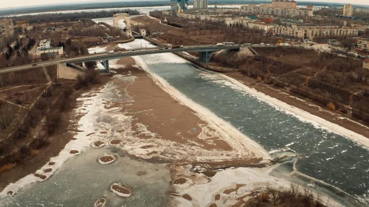 «Я увидел дно канала»: волгоградец снял с высоты обмелевший Волго-Донской канал