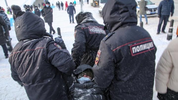 Сторонники Навального в Уфе проведут за решеткой от 3 до 10суток