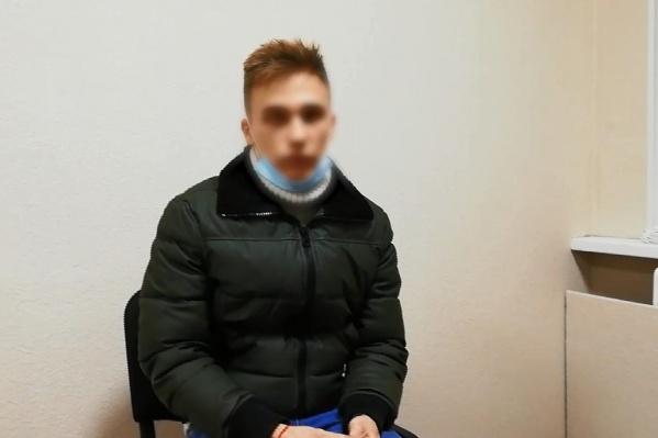 Сейчас Кирилл Ежов находится под подпиской о невыезде