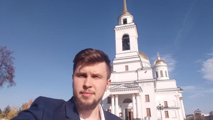 «У кого-то есть желание держать меня на поводке»: пиарщик отца Сергия — о штурме монастыря и своем аресте