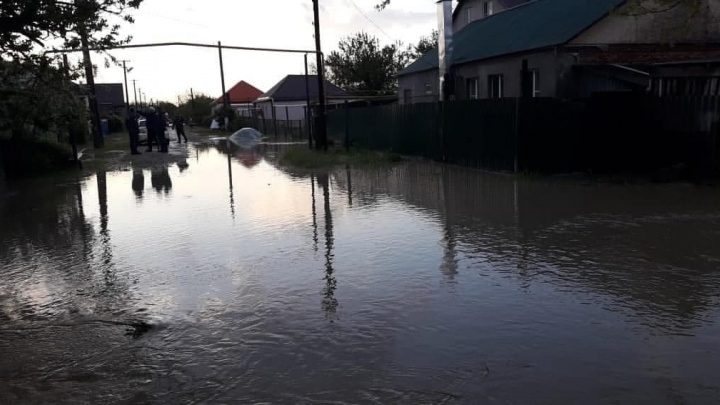 МЧС: в Крымском районе после дождей подтопило 12 дворов