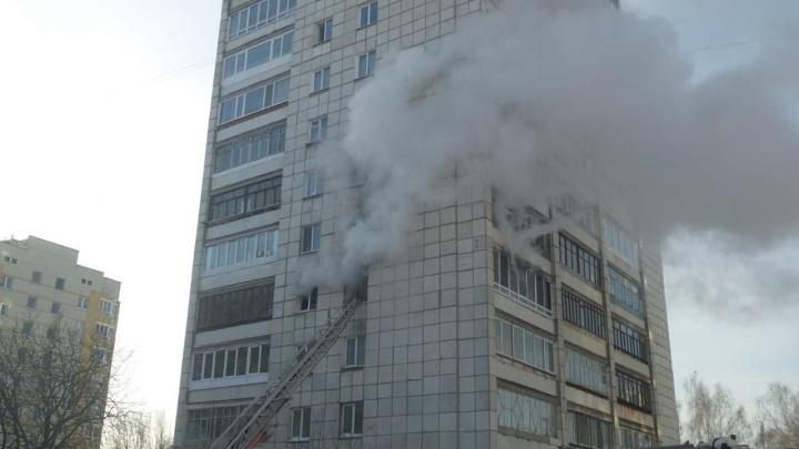 На Старой Сортировке загорелась квартира в многоэтажном доме