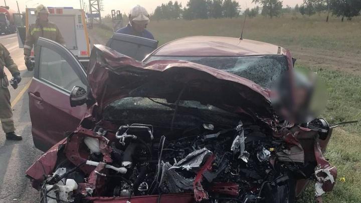 На М-5 «Урал» погиб водитель в ДТП после лобового столкновения с грузовиком