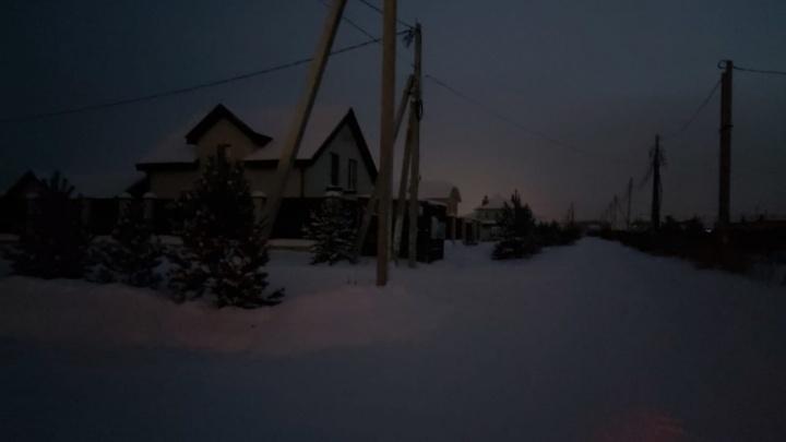 В Екатеринбурге жители коттеджного поселка остались без отопления в сильные морозы