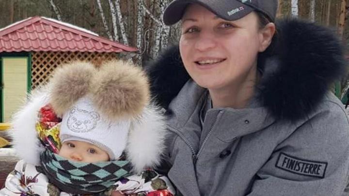 Мэр Омска Оксана Фадина впервые показала свою дочь