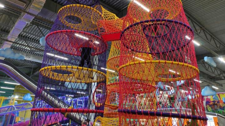 «Их избрали исчадием зла»: красноярский бизнес-омбудсмен вступился за закрытые аттракционы и игротеки