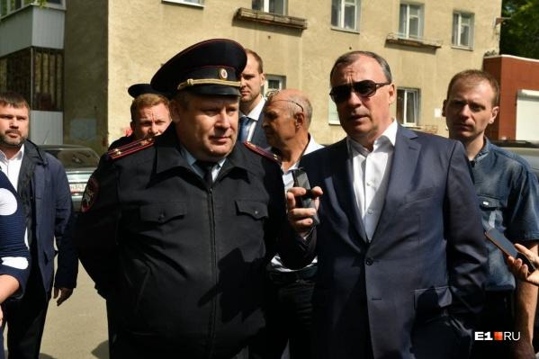 Глава ГИБДД Екатеринбурга Вадим Буйдалин поможет мэрии избавиться от ненужных оград вдоль дорог