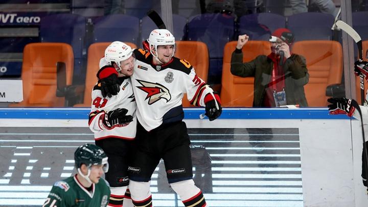 Время рекордов: «Авангард» выиграл во втором матче в Казани