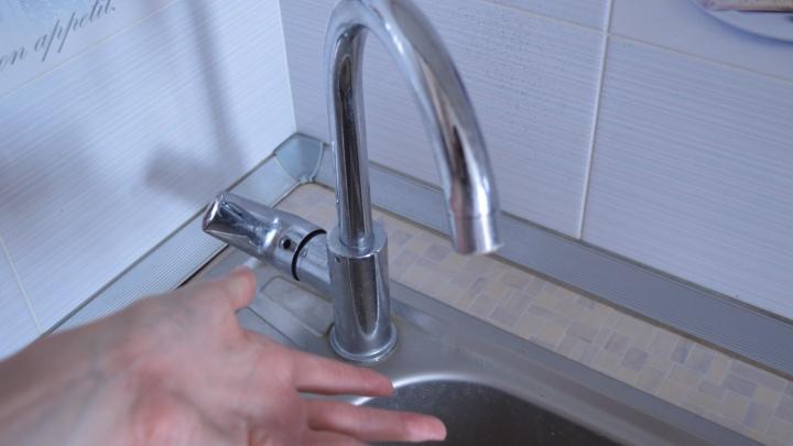 В Краснодаре из-за аварии без воды остались дома на семи улицах, в том числе Дзержинского