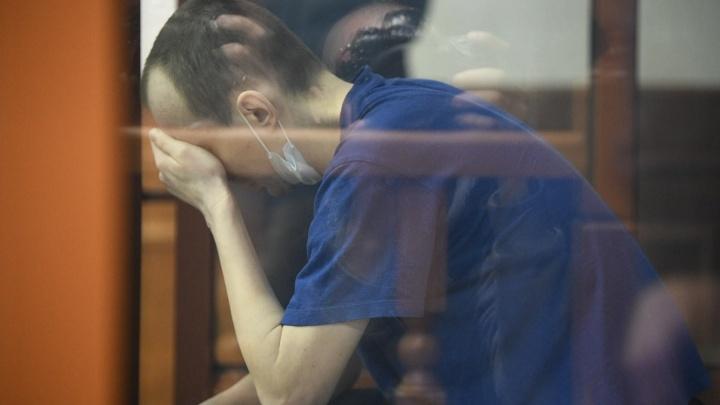 «Спал на полу, отказывался от еды»: стали известны результаты психиатрической экспертизы убийцы на Уктусе