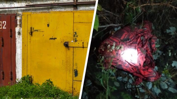 В гаражах Лесосибирска нашли расчлененное тело: 20-летнюю девушку во время ссоры убил супруг