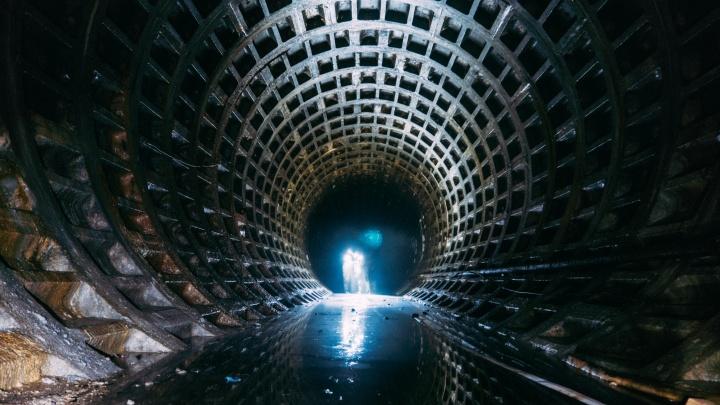Власти экстренно выделили 4 миллиона рублей на откачку воды из омского метро