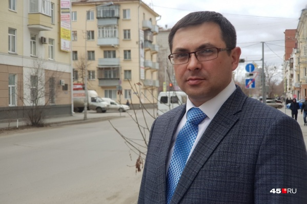 Большинство депутатов поддержали Романа Сергеечева