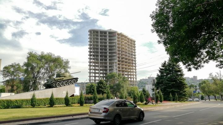 Недострой на Гвардейской площади в Ростове превратят в комплекс с офисами и апартаментами