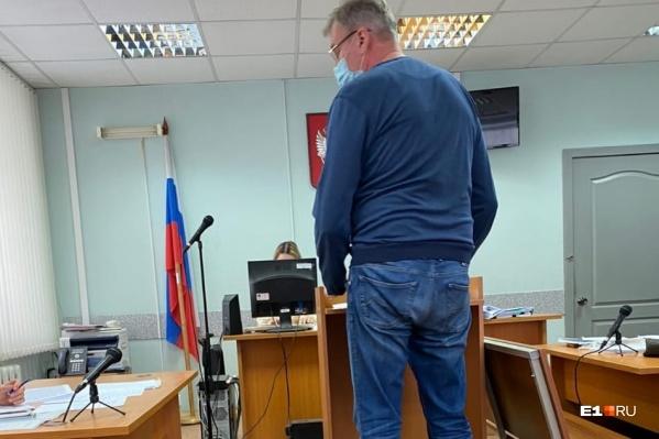Васильев-старший отказался от дачи показаний в суде