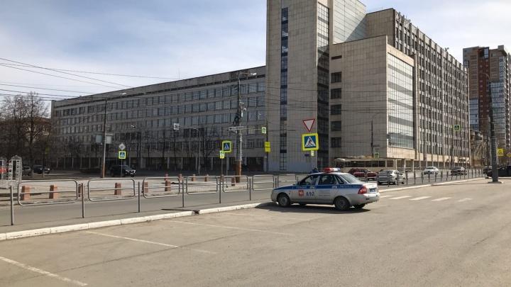 В Челябинске завыли сирены, оповещающие о чрезвычайной ситуации