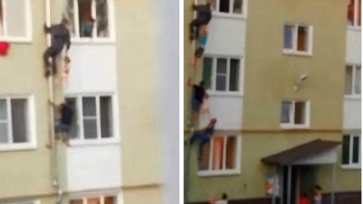 В Костроме трое мужчин взобрались по водосточной трубе на третий этаж, чтобы спасти детей из пожара