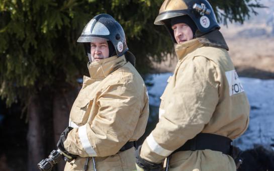 Контролируют с самолета и из космоса: областные власти взяли под особый контроль пожары в регионе