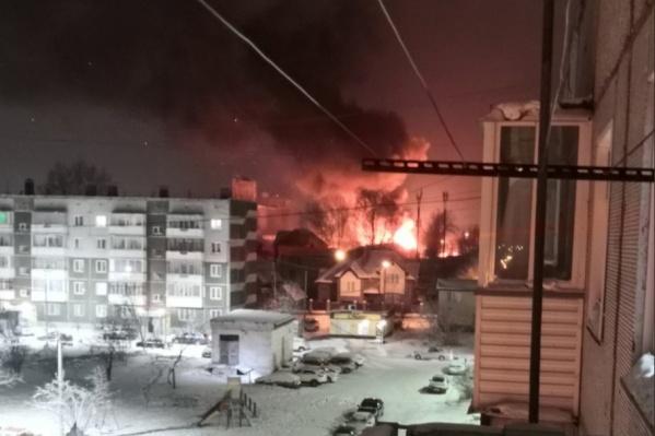 Зарево от огня было видно из нескольких районов Ачинска