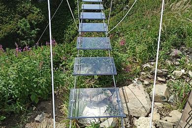 В Сочи появился мост с прозрачными ступенями на высоте 2320 метров