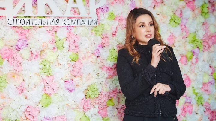 Застройщик подарит квартиру самому любимому учителю в Челябинске