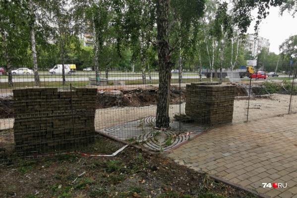 Раскопанный участок приведут в порядок к началу осени