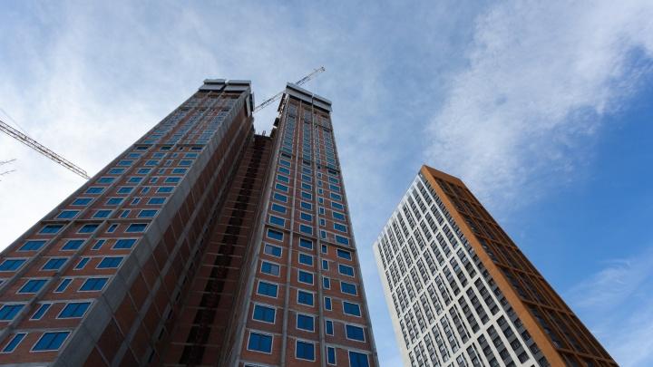 Двухэтажные дворы, коворкинги и шикарные холлы: в городе построят дом с британским колоритом