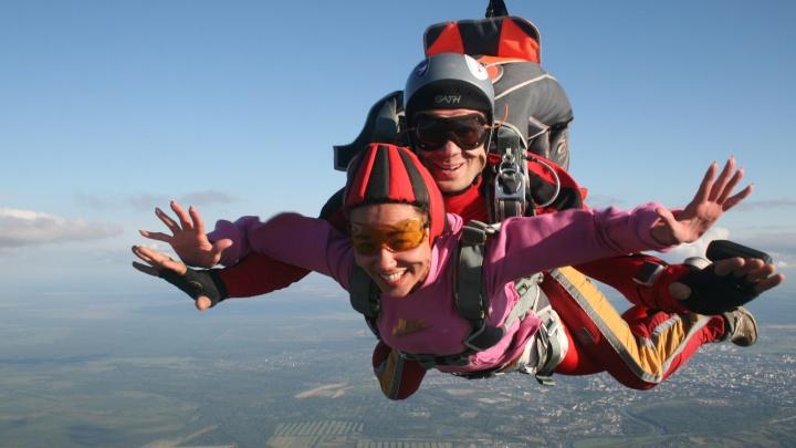 Пора в небо: где в Архангельске прыгнуть с парашютом и сколько это стоит