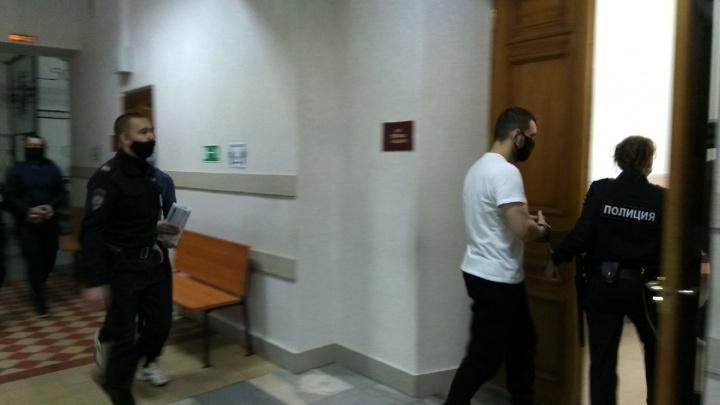 «Угоняли вагоны металлолома с ВАЗа»: свидетель рассказал о делах «Неверовских» в Тольятти