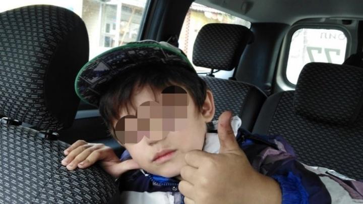 В Челябинске прохожие нашли на улице четырехлетнего ребенка