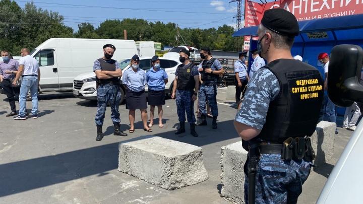 В МЧС отменили решение, позволившее разблокировать рынки под Ростовом
