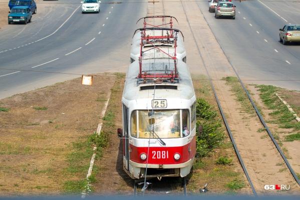 Двадцать пятый обычно ходит от Барбошиной Поляны до Безымянской ТЭЦ