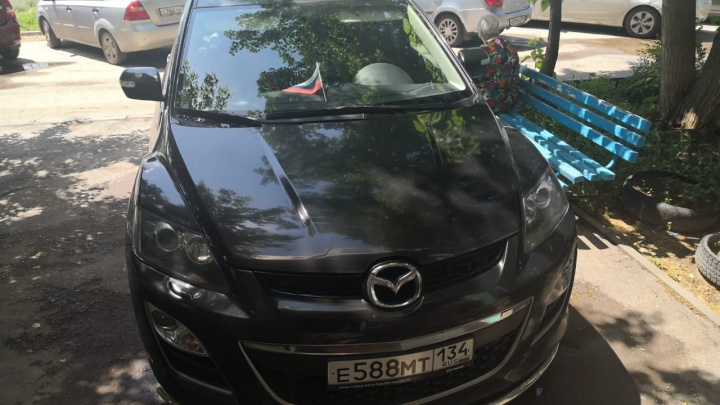 «Мешает — обойди»: автохамы Волгограда игнорируют претензии пешеходов