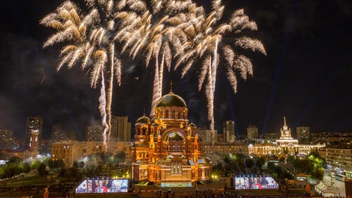 Александр Невский, храни мой город: в Волгограде прошел грандиозный концерт в честь 800-летия великого князя