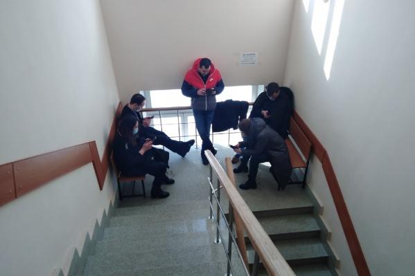Журналисты до последнего ждали появления Алишера Моргенштерна