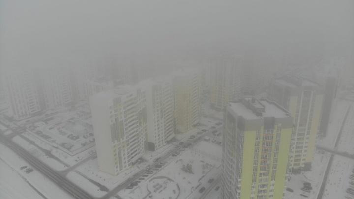 Белый, как молоко,— тюменцы делятся фотографиями утреннего тумана