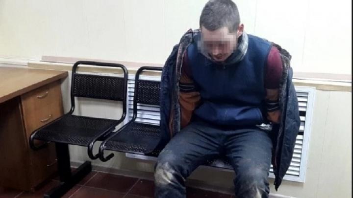 В Волгограде областной суд освободил ранившего ножом полицейского гражданина США