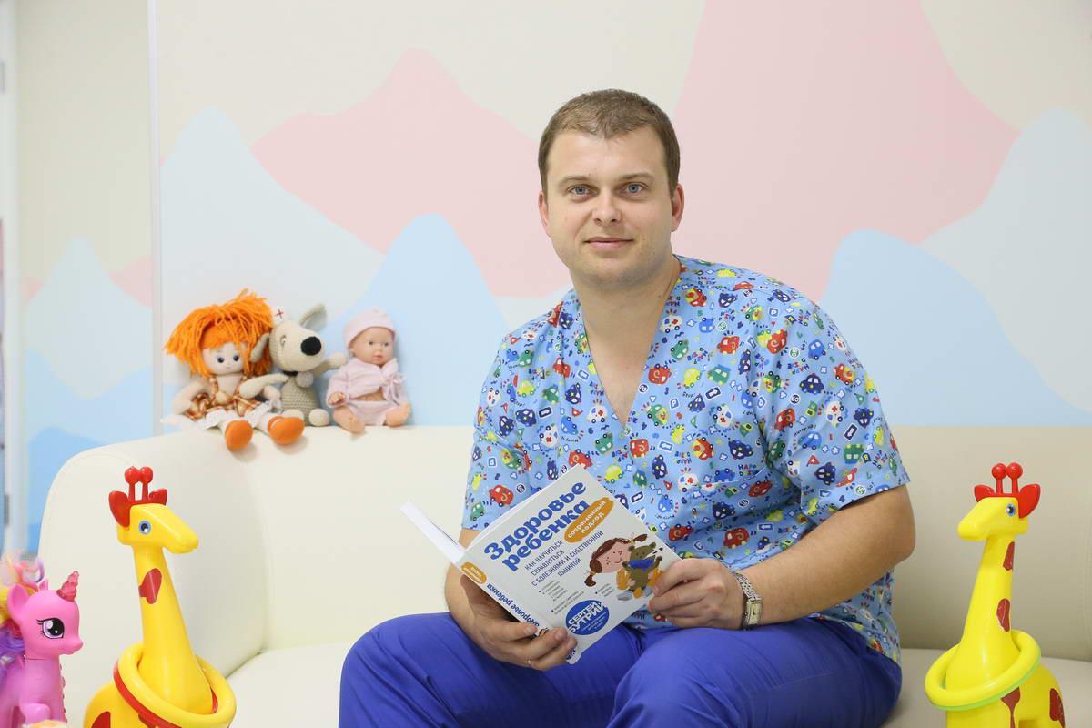 Сергей считает, что к детям в России стали относиться лучше