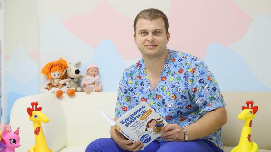 """Почему неграмотные назначения врачей страшнее шарлатанов. Известный <nobr class=""""_"""">педиатр —</nobr> о лечении детей в России"""