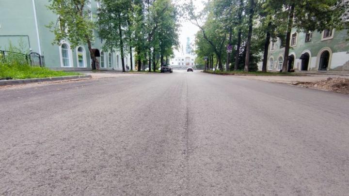 В Перми работы в рамках нацпроекта «Безопасные качественные дороги» завершены почти наполовину