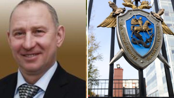 Свердловского депутата и его сына арестовали по обвинению в убийстве