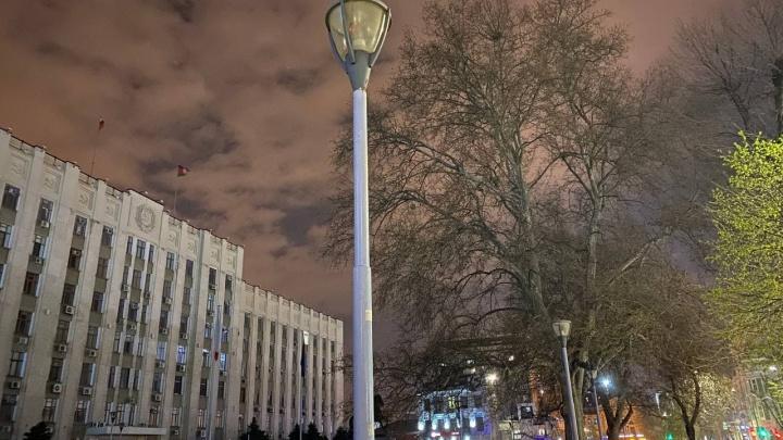 Власти Краснодара пообещали поставить фонари в шести пригородных поселках