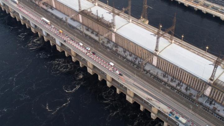 Ищите объездные пути: на плотине Волжской ГЭС начали тестировать реверсивное движение