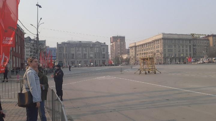 Центр Новосибирска перекрыли ради второй репетиции парада Победы