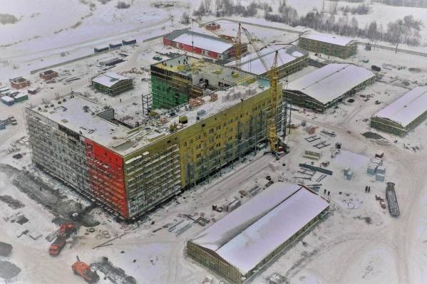 Изначально больницу должны были построить за полгода