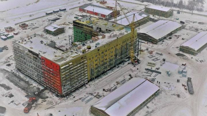 Строительство инфекционки в Новокузнецке закончится к июлю. Власти рассказали, насколько она готова