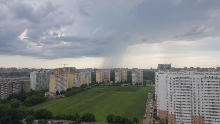 На Кубани объявили штормовое предупреждение, на море возможны смерчи