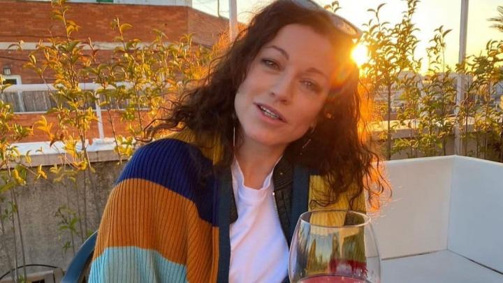 «Позорище, когда минздрав ищет причину не закупать лекарство». Алена Хмельницкая — о детях с СМА
